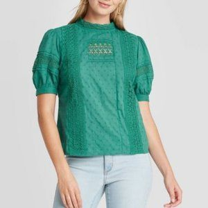 2FOR15 🌴 NEW W TAGS Universal Threads Lace Top